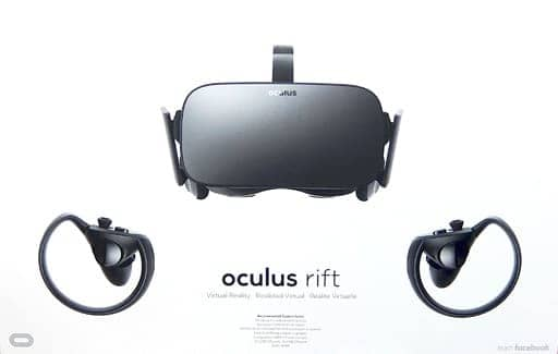Oculus Rift + Touch Controllers (status : earphones replaced)