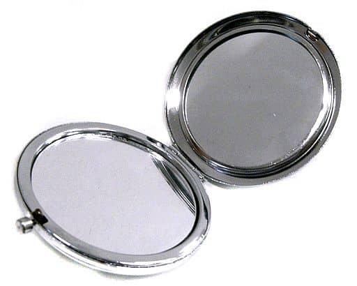 The Karasuma-ke Compact Mirror 「 Film My butler says, 」.