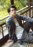 Ryo Hirano / Above-the-knee Blue Costume / Check Pattern / Glasses / Right / Left Knee-Standing / 「 Ryo Hirano 2016 Calendar Launch Event 」 Official photo