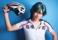 Kentarou Kanesaki (Masakiyo Dobashi) / Horizontal Type / Bust Up / Uniform / Right Hand Helmet / Background Blue / Character Actor Shot / Stage 『 YOWAMUSHI PEDAL 』 New Inter-high Volume ~ Heat Up ~ Bromide